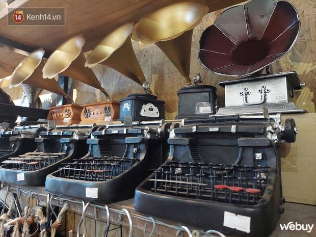 """Ghé shop decor trong hẻm trải nghiệm """"xuyên không"""": Chỉ từ 25K rinh đủ món độc lạ style vintage - Ảnh 9."""