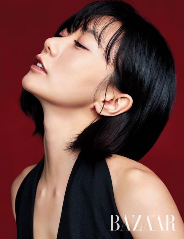 7 chị đại U50 đẹp nức nở ở phim Hàn: Hội Penthouse xịn đấy nhưng không qua nổi độ ngầu của mợ cả Mine - Ảnh 20.