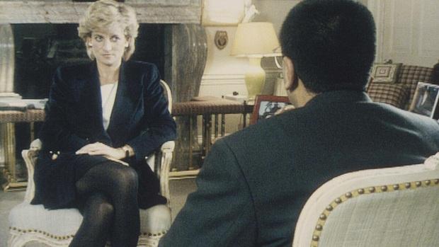 Hoàng tử William cùng em trai Harry đồng loạt lên tiếng chỉ trích cuộc phỏng vấn gian dối liên quan tới cái chết của Công nương Diana - Ảnh 1.