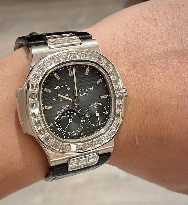 Trấn Thành khoe ảnh đồng hồ mới toanh nhưng netizen nhìn giá xong mà muốn tiền đình - Ảnh 2.
