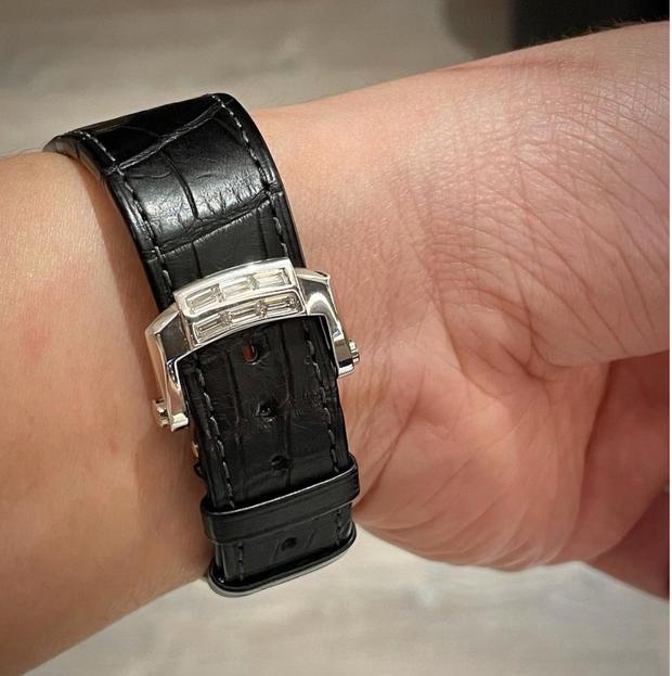 Trấn Thành khoe ảnh đồng hồ mới toanh nhưng netizen nhìn giá xong mà muốn tiền đình - Ảnh 3.