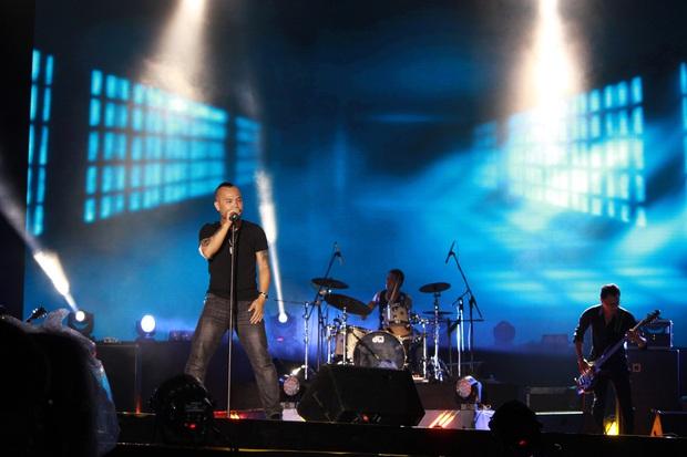 Nhóm nhạc đầu tiên của Việt Nam lên tạp chí Billboard, được ca ngợi là ban nhạc dẫn dắt nhiều thế hệ nhạc rock - Ảnh 2.