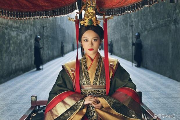 Nhan sắc Tôn Lệ ở Mị Nguyệt Truyện hot trở lại sau 6 năm, chanh sả đến rúng động cả Top 10 Netflix - Ảnh 1.