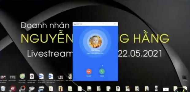 Bà Phương Hằng liên tục gặp sự cố khi livestream: Đang mắng hăng hái thì chồng gọi điện, Facebook khoá sạch chức năng - Ảnh 3.