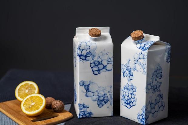 Bình đựng sữa làm bằng sứ, giá bán gần 2 triệu/chiếc - Ảnh 1.