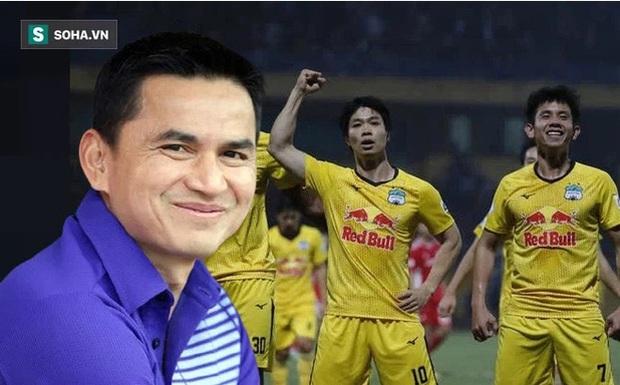 HLV Kiatisuk ôm giấc mơ lớn và bầu Đức cũng muốn đưa bóng đá Việt vươn tầm quốc tế - Ảnh 2.