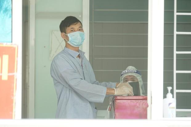Hình ảnh bầu cử đặc biệt trong bệnh viện dã chiến tại Bắc Ninh - Ảnh 11.