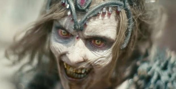 Army Of The Dead: Bom tấn zombie máu me, lê thê và phi lý của Zack Snyder - Ảnh 10.