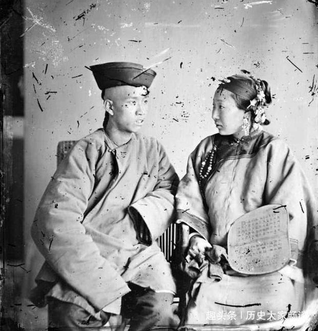 Hủ tục đáng sợ phổ biến thời Thanh: Người nghèo ký hợp đồng thuê vợ về sinh con - Ảnh 1.