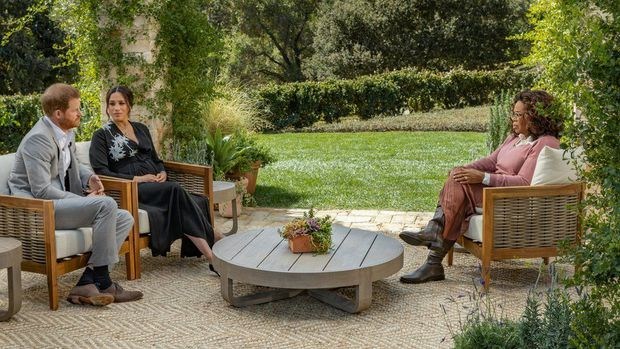 Hoàng tử Harry chia sẻ gây sốc về cái chết của Công nương Diana, hé lộ lý do Meghan Markle suýt tự tử - Ảnh 3.