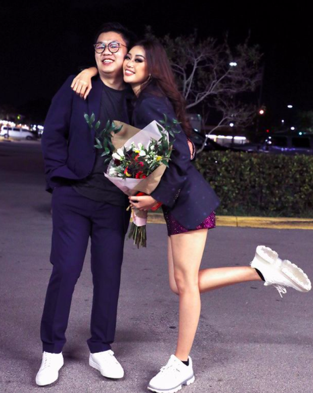 Mentor hướng dẫn tại Mỹ đánh giá về Khánh Vân, hé lộ đoạn chat về việc sẽ trau dồi cho Kim Duyên tại Miss Universe 2021? - Ảnh 2.