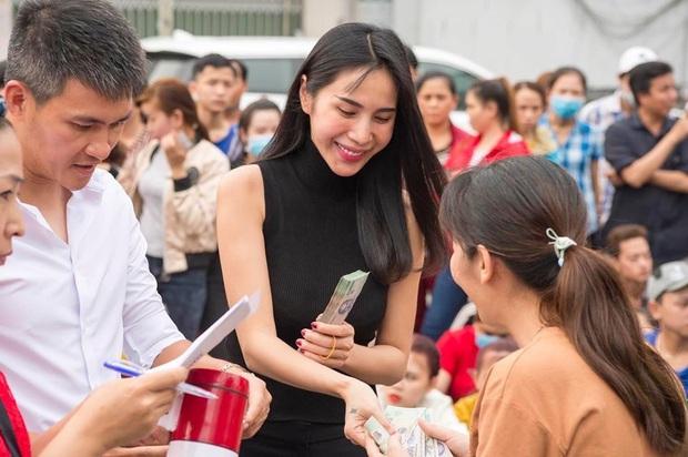 Thuỷ Tiên lên tiếng nói rõ quan điểm chuyện nghệ sĩ làm từ thiện giữa lúc NS Hoài Linh gặp biến căng vụ 13 tỷ cứu trợ miền Trung - Ảnh 3.