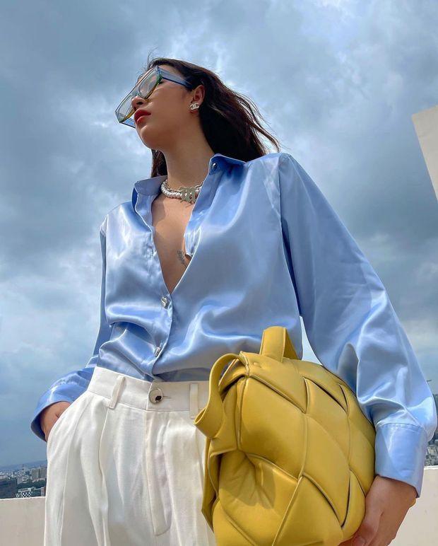 Insta look sao Việt tuần qua: Chi Pu khoe vòng 1 ngồn ngộn sau lớp áo mỏng, Tiểu Vy - Khánh Vân giản dị bất ngờ - Ảnh 1.