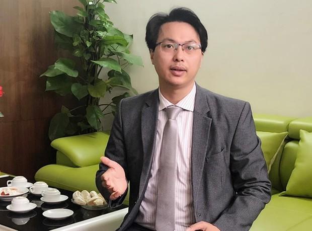 Luật sư: Với khoản tiền từ thiện đang giữ, nghệ sĩ Hoài Linh phải trao cả gốc và lãi cho đồng bào miền Trung - Ảnh 3.