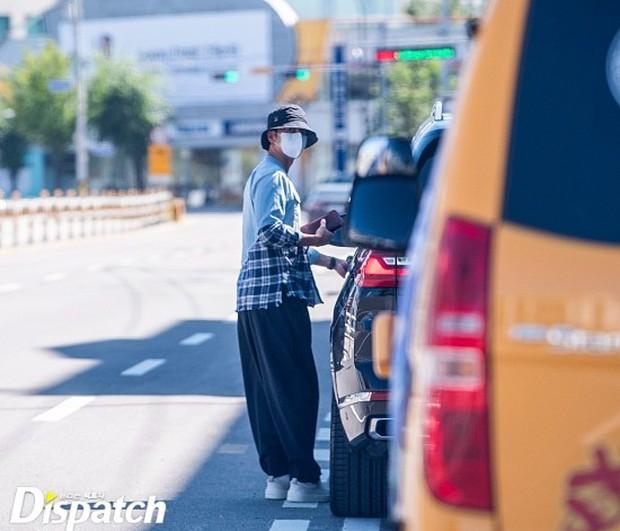 HOT: Trùm cuối Dispatch ra tay, bóc ảnh Lee Seung Gi - Lee Da In đã ra mắt gia đình từ mùa Thu năm ngoái - Ảnh 3.