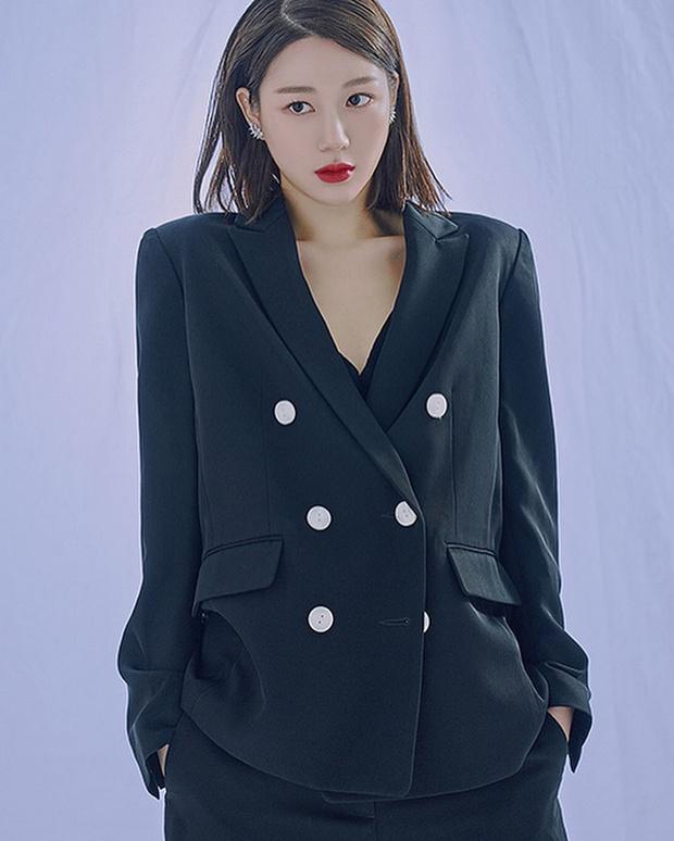 Profile bạn gái mới của Lee Seung Gi: Con gái Mama Chuê quyền lực, sự nghiệp mờ nhạt nhưng nhan sắc đúng chuẩn Hoa hậu - Ảnh 12.