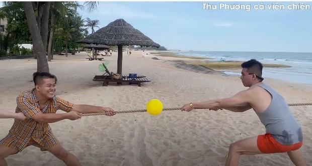Vedette Vũ Thu Phương tổ chức Running Man phiên bản bikini, chơi xong loạn tiền đình luôn! - Ảnh 4.