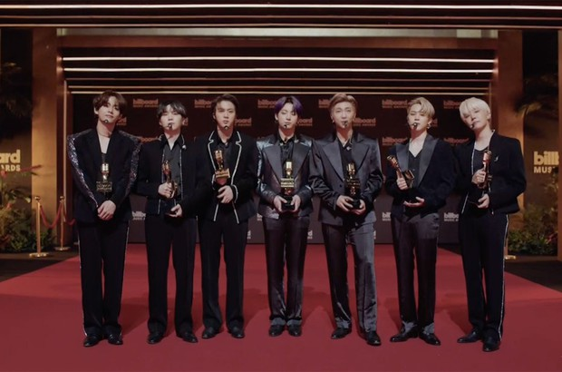 """BTS đi vào lịch sử Billboard Music Awards với năm thứ 5 liên tiếp giành giải Top Social Artist, chưa kể màn """"bội thu"""" xôn xao thế giới năm nay - Ảnh 2."""