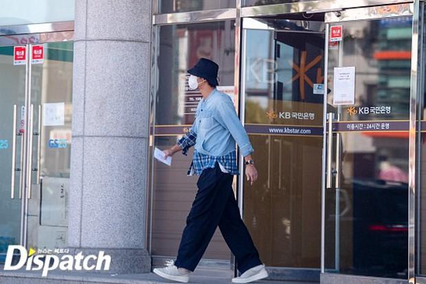 HOT: Trùm cuối Dispatch ra tay, bóc ảnh Lee Seung Gi - Lee Da In đã ra mắt gia đình từ mùa Thu năm ngoái - Ảnh 5.