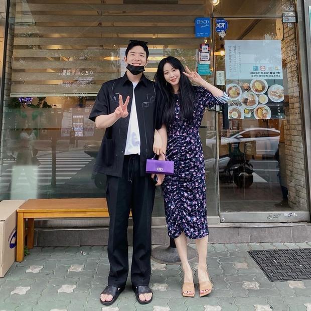 Người yêu kém 10 tuổi bị đồn là trai bao, chị đẹp Han Ye Seul có màn đáp trả mạnh tay khiến netizen thán phục - Ảnh 7.
