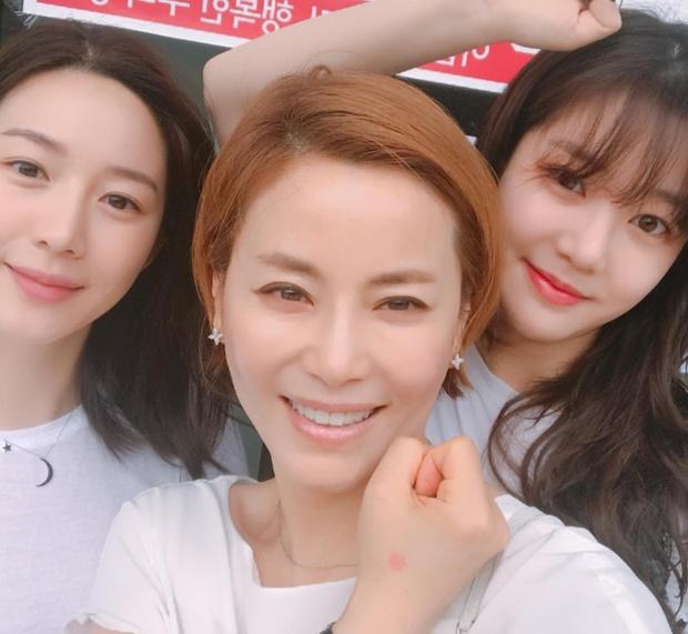Profile bạn gái mới của Lee Seung Gi: Con gái Mama Chuê quyền lực, sự nghiệp mờ nhạt nhưng nhan sắc đúng chuẩn Hoa hậu - Ảnh 4.