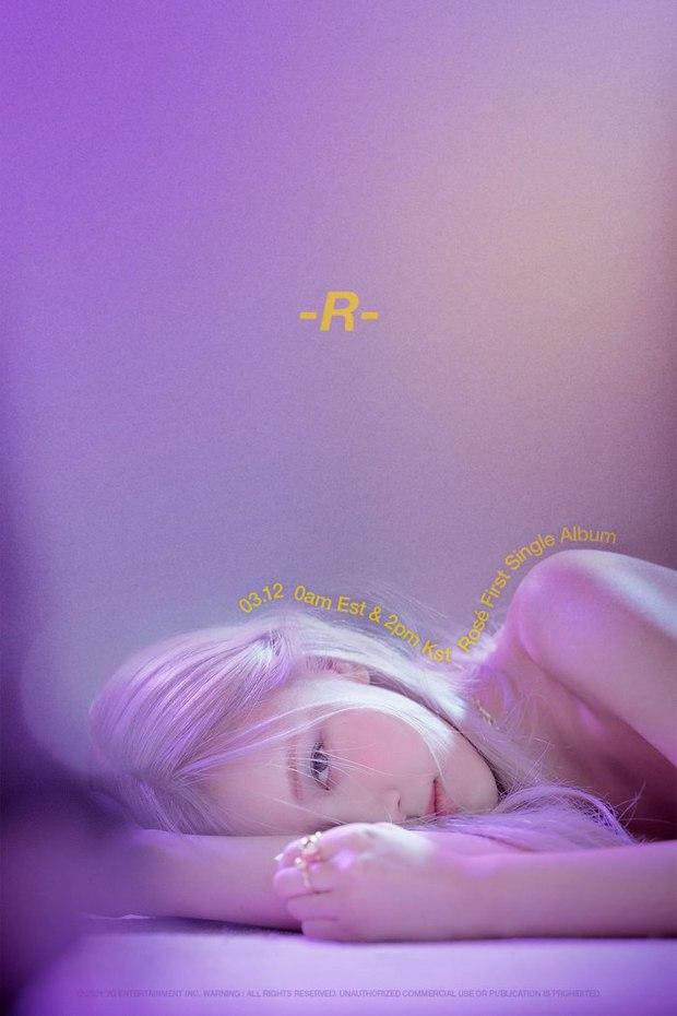 Fan Rosé (BLACKPINK) mua album rồi... xé tan nát, chuyện gì thế này? - Ảnh 1.