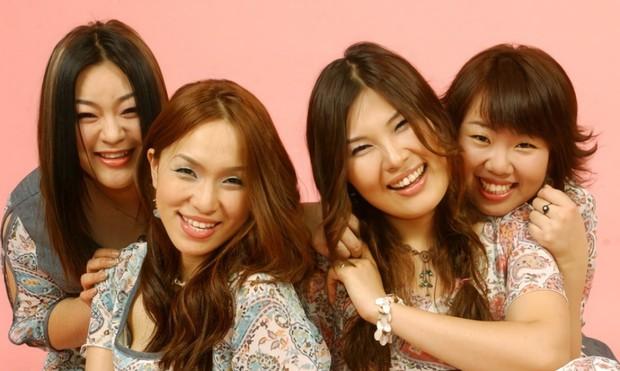 Giữa lúc dân tình xôn xao girlgroup mới của YG, đàn chị của 2NE1 và BLACKPINK lại bất ngờ tái hợp? - Ảnh 2.