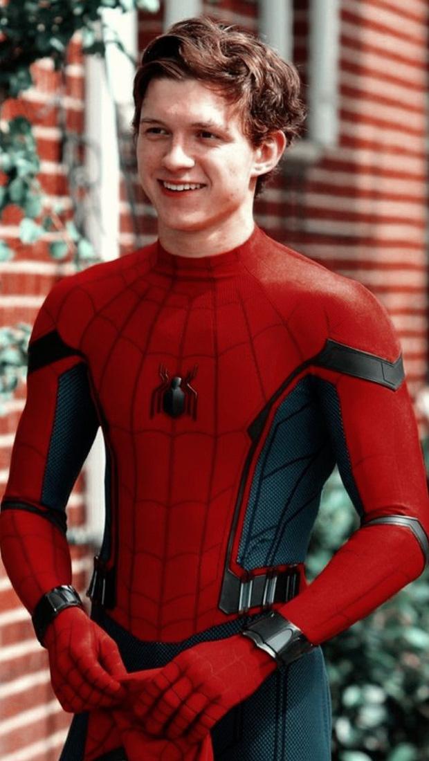 Không thể nhận ra nhóc tỳ Người Nhện Tom Holland trong Avengers ngày nào, visual soái khí và cơ bắp tuổi 24 mlem quá! - Ảnh 10.
