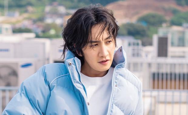 Lee Kwang Soo và hành trình lột xác ngoạn mục sau 11 năm tại Running Man - Ảnh 1.