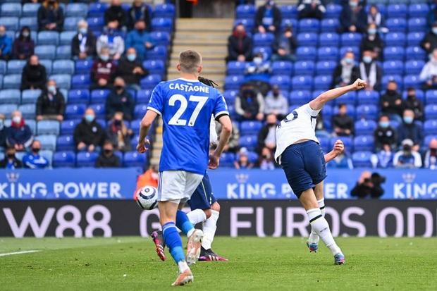 Leicester hụt vé dự Champions League sau sai lầm không thể tha thứ của thủ môn đội trưởng - Ảnh 3.