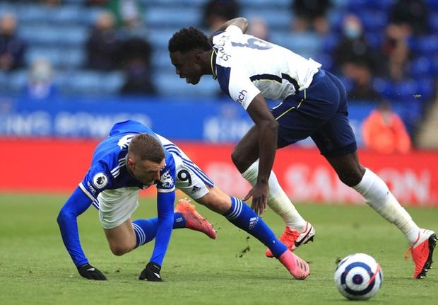 Leicester hụt vé dự Champions League sau sai lầm không thể tha thứ của thủ môn đội trưởng - Ảnh 4.