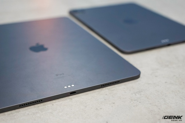 Mở hộp iPad Pro 2021: Ngoại hình không đổi, chip M1 mạnh mẽ, màn hình Mini LED trên bản 12,9 inch rất đẹp - Ảnh 7.
