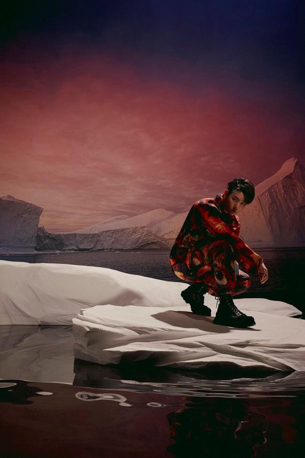 Bộ ảnh teaser comeback của EXO: Nhan sắc trẻ trung dù bị dìm, vốn được cài cắm hint từ MV của tình cũ Jennie? - Ảnh 20.