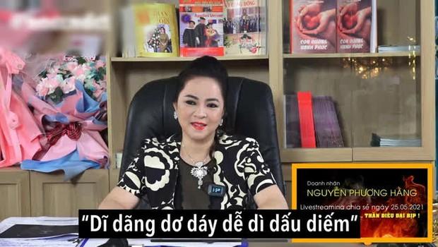 Buổi livestream của bà Phương Hằng hút gần 500K người xem, gấp 12 lần sức chứa sân Mỹ Đình, thiết lập luôn nhiều thành tích khủng! - Ảnh 12.