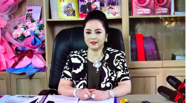 Đại gia Phương Hằng bóc Vy Oanh trên sóng live 100 nghìn người xem, làm rõ lời tố cáo vợ bé và loạt vấn đề thị phi - Ảnh 3.