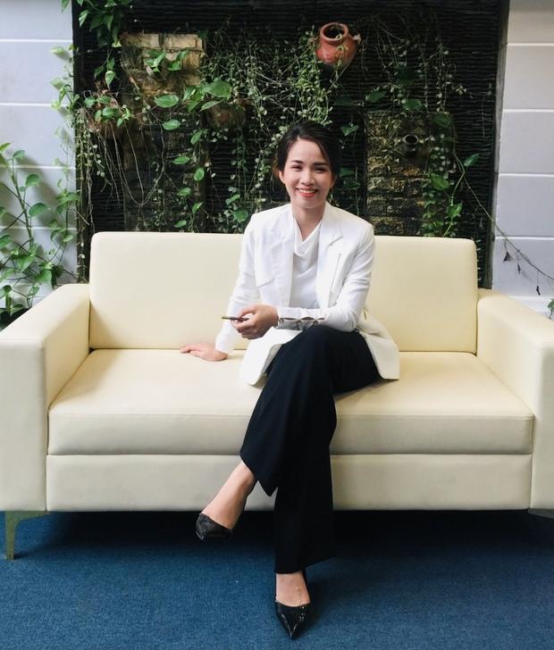 Ái nữ Việt thừa kế công ty cúc áo triệu đô: Mang 4 đôi giày, mấy năm trời không mua túi, trong đầu chỉ có khởi nghiệp - Ảnh 3.