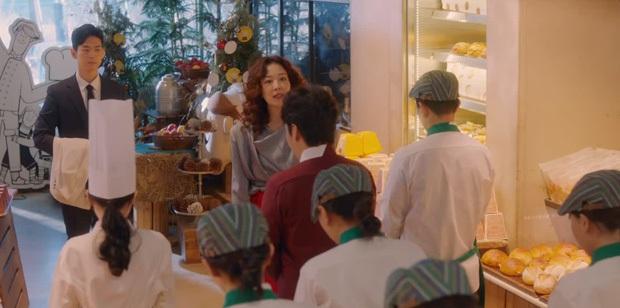 12 chi tiết giàu điên rồ của drama Mine: Nữ tu sĩ diện túi nghìn đô, thưởng nóng 16 tỷ để bịt miệng người ở - Ảnh 17.