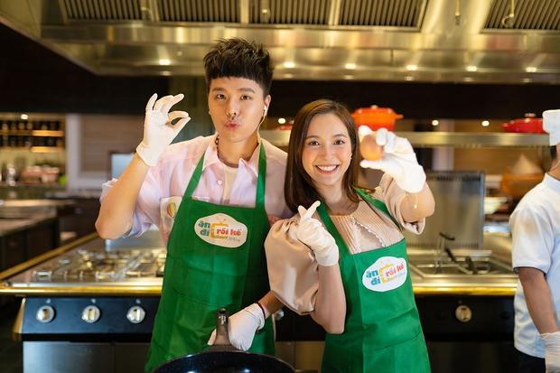 Quân A.P trổ tài rap và nấu Gà Hàn Quốc bên cạnh Diệu Nhi - Ảnh 4.
