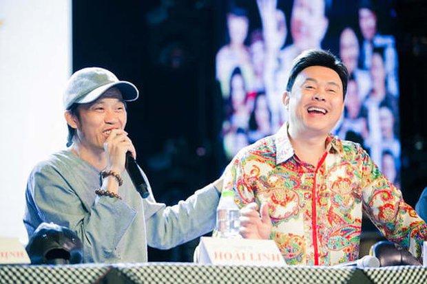 Cố NS Chí Tài từng tiết lộ sở thích của NS Hoài Linh: Hồi xưa Linh thích đánh bài lắm, giải trí quên luôn giờ diễn - Ảnh 2.