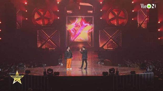 Từ HLV đến thí sinh đều cháy hết mình, Rap Việt All-Star Concert lập luôn thành tích công chiếu đầy ấn tượng - Ảnh 4.