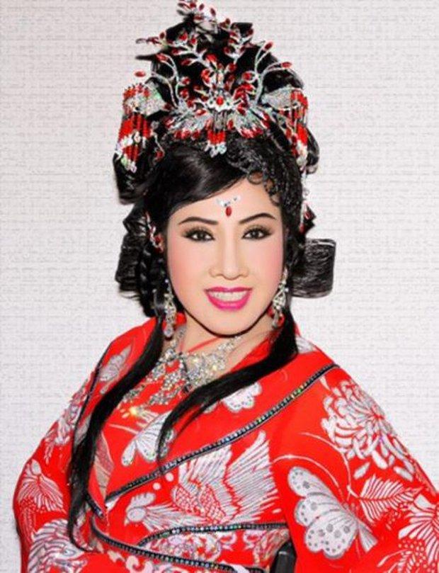 Theo bà Phương Hằng, đây là 5 nghệ sĩ đàng hoàng trong showbiz Việt - Ảnh 6.