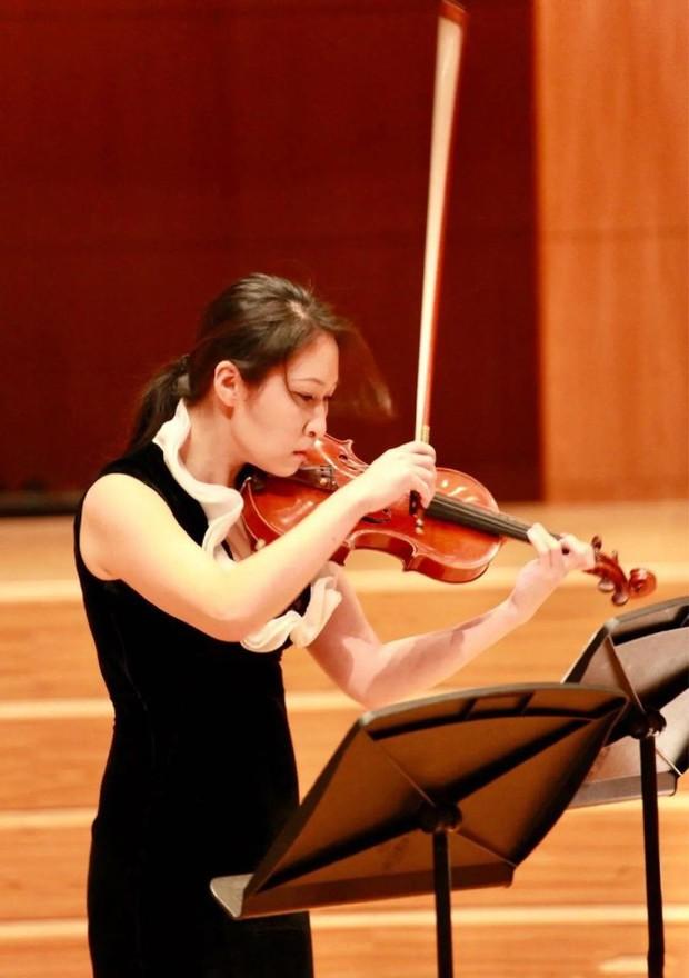 Nghệ sĩ violin hàng đầu Thượng Hải bất ngờ nhảy lầu tự tử, nguyên nhân đằng sau khiến ai cũng xót xa - Ảnh 2.
