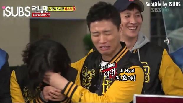 Fan khui lại tấm ảnh định mệnh của Running Man: Song Ji Hyo đứng chung với 3 thành viên đã rời khỏi show - Ảnh 3.