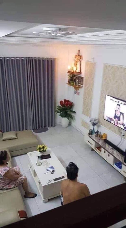Hài hước khoảnh khắc cộng đồng mạng hóng livestream của bà Phương Hằng, như thế này không lập kỷ lục cũng uổng! - Ảnh 2.