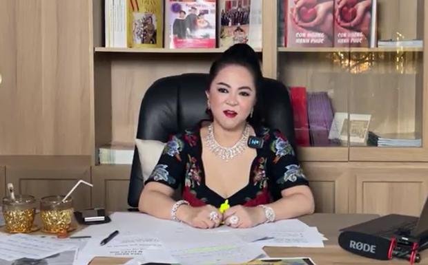 Bà Phương Hằng có động thái trước giờ G livestream: Cuộc chiến chỉ mới bắt đầu! - Ảnh 2.