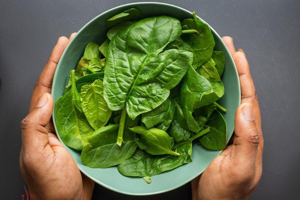 2 loại rau củ quen thuộc nếu ăn sống có thể gây rối loạn nhịp tim, loãng xương, thậm chí đột tử - Ảnh 4.