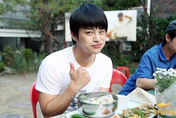 Giảm cân là cách trùng tu nhan sắc nhanh nhất: Nhìn màn lột xác của cặp đôi màn ảnh mới Park Bo Young - Seo In Guk là rõ! - Ảnh 12.