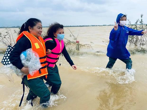 Mẹ Hà Hồ cuối cũng đã nói rõ về chuyện Trấn Thành chuyển 6,45 tỷ tiền cứu trợ miền Trung kèm hình ảnh, thông tin minh bạch - Ảnh 7.