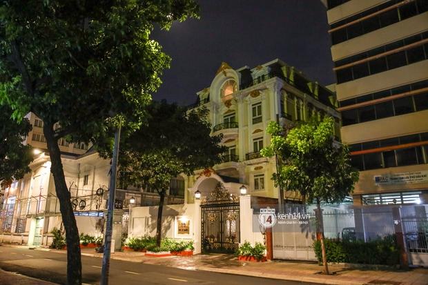 Cận cảnh biệt thự 6 tầng, rộng 2400m2 của đại gia Phương Hằng: Nằm giữa trung tâm Sài Gòn, độ xa hoa, sang trọng bậc nhất giới thượng lưu - Ảnh 2.