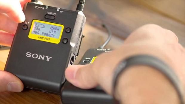 Bóc giá tất tần tật phụ kiện xịn xò mỗi khi lên sóng của nữ hoàng livestream Phương Hằng - Ảnh 8.